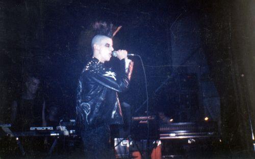 Sänger von Trial im Liveeinsatz 1991